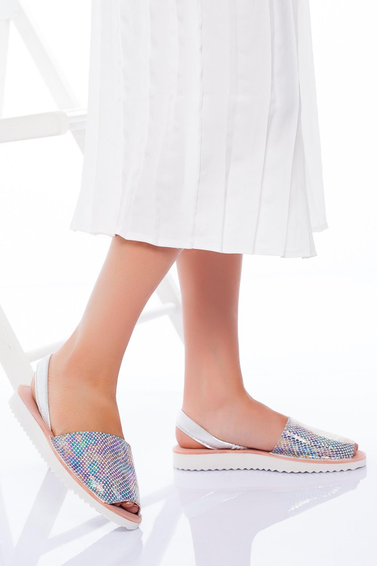 Hologramlı Yılan Desenli Niki Niki Sandalet