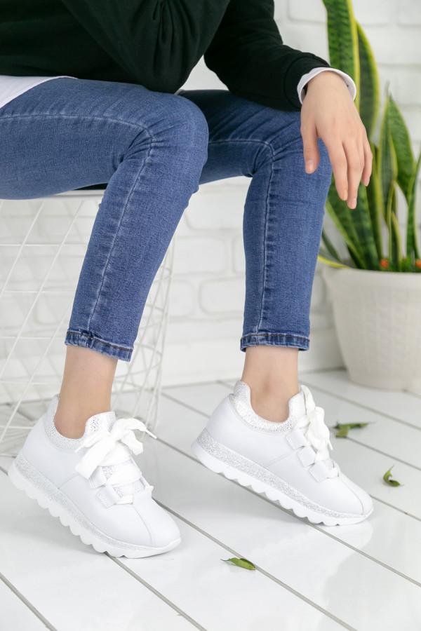 Wissa Beyaz Ortopedik Streçli Bayan Spor Ayakkabı