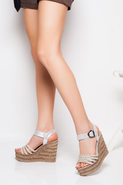 Hasır Örgülü Gümüş Dolgu Topuk Sandalet