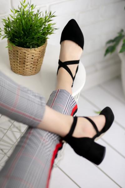 Keitha Siyah Süet Topuklu Ayakkabı