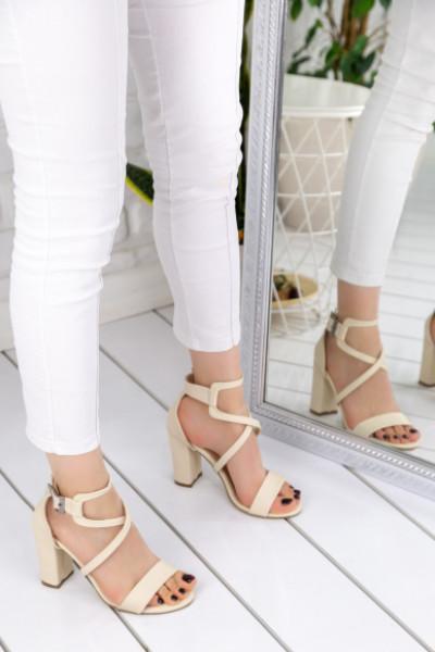 Reperta Krem Topuklu Ayakkabı
