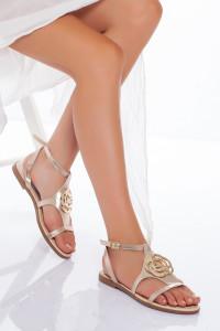 Altın Sarısı Tokalı Sandalet