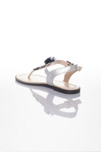 Gümüş Parmak Arası Çiçekli Sandalet