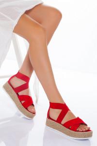 Kırmızı Çapraz Bantlı Sandalet