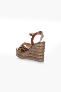 Leopar Desenli Dolgu Topuklu Sandalet